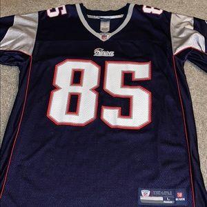 Patriots Arron Hernandez Rookie Jersey